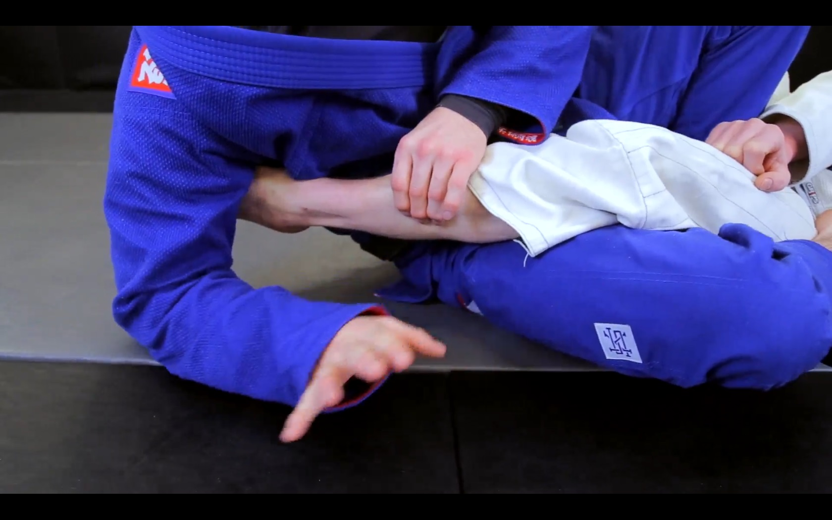 Hand Trainer und Unterarm-Muskeln.Judo,MMA Finger Hanteln Training für Hand